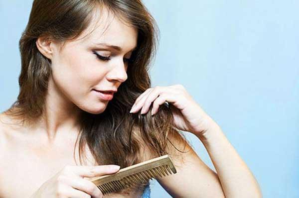 Волосы на расческе - повод задуматься