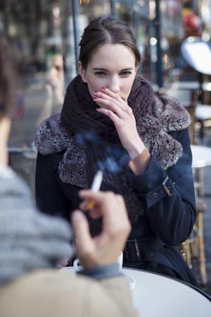 Холод и курение пагубно влияют на волосы