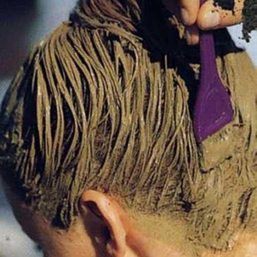 Процесс окраски седых волос хной