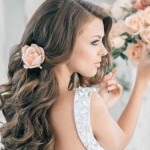 Помогаем выбрать свадебную прическу длинноволосым невестам