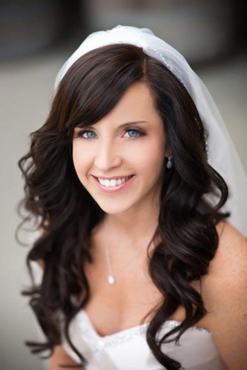 Свадебная укладка на распущенные волосы