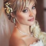 Выбираем подходящую свадебную укладку с фатой для стрижки с челкой