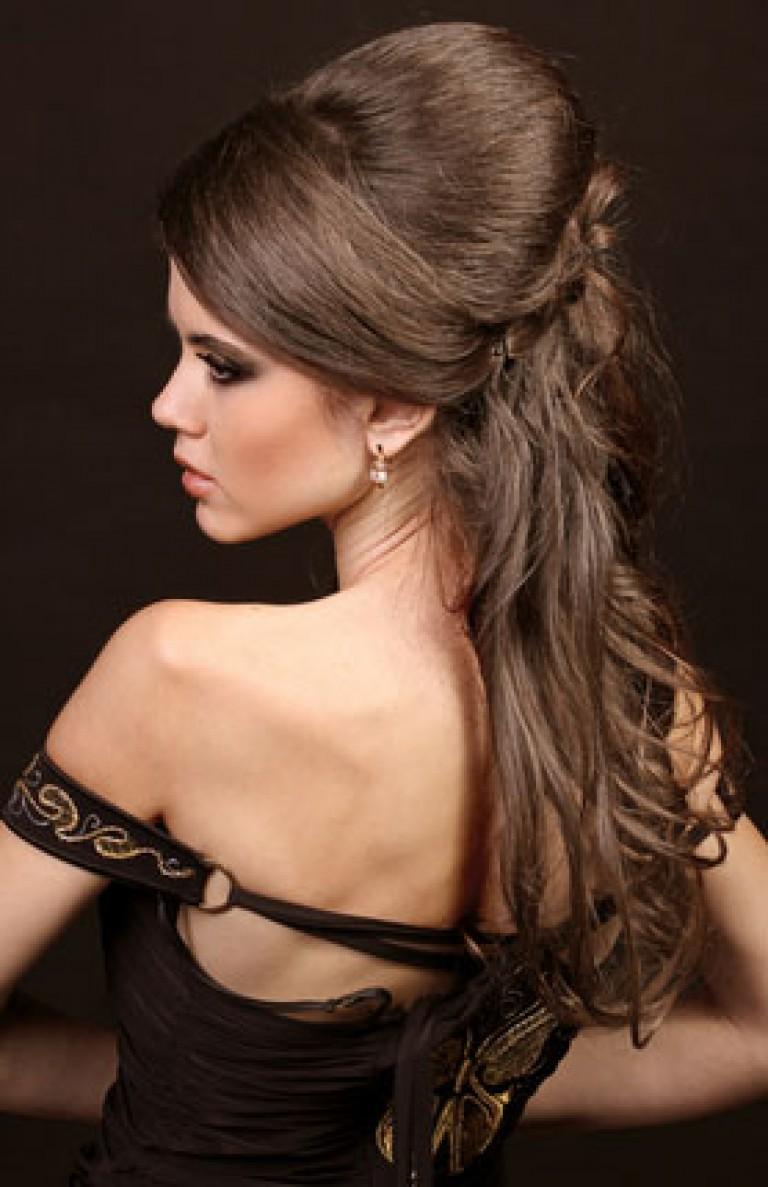 Вечерние прически на длинные волосы прямые