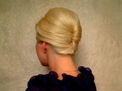Уложить волосы средней длины