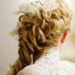 Свадебные прически на средние волосы: выбираем образ невесты